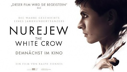 Szenenbild aus dem Film 'Nurejew - The White Crow'