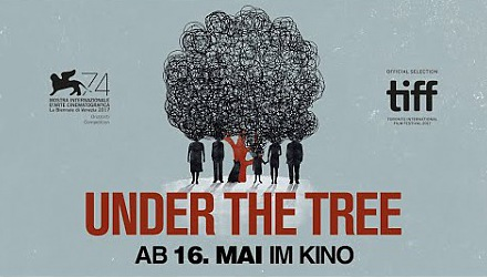 Szenenbild aus dem Film 'Under The Tree'